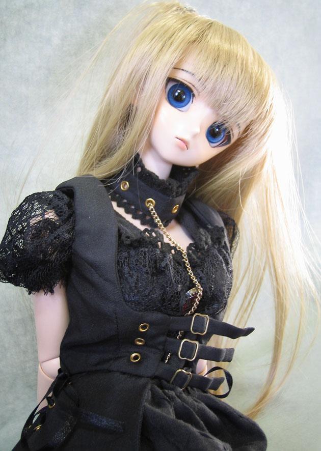 doll_r03.jpg